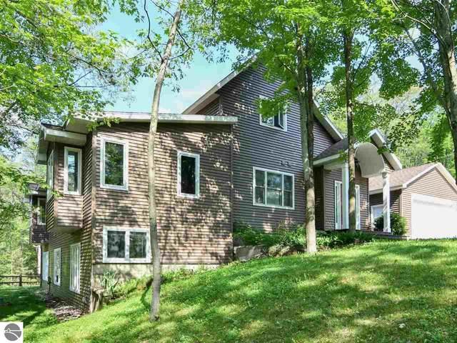 11739 Hilltop Lane, Cadillac, MI 49601 (MLS #1888921) :: Boerma Realty, LLC
