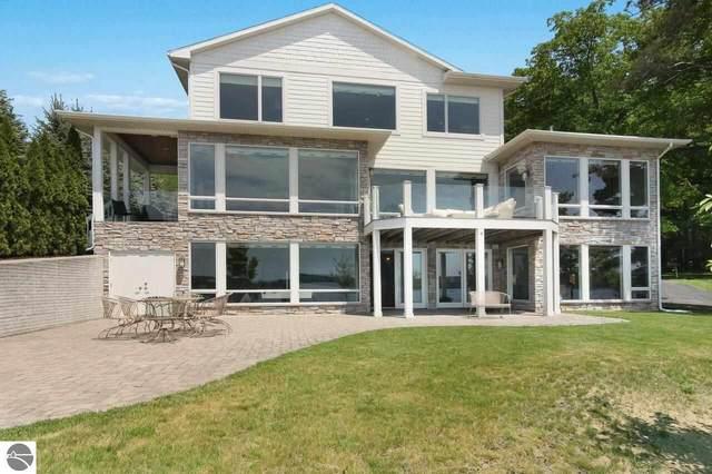 1351 Sunset Shores Drive, Kalkaska, MI 49646 (MLS #1888971) :: Boerma Realty, LLC