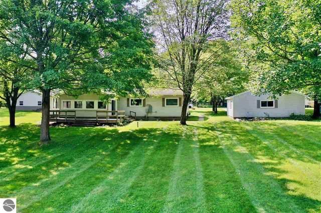 7850 Windoga Lake Drive, Weidman, MI 48893 (MLS #1889036) :: Boerma Realty, LLC
