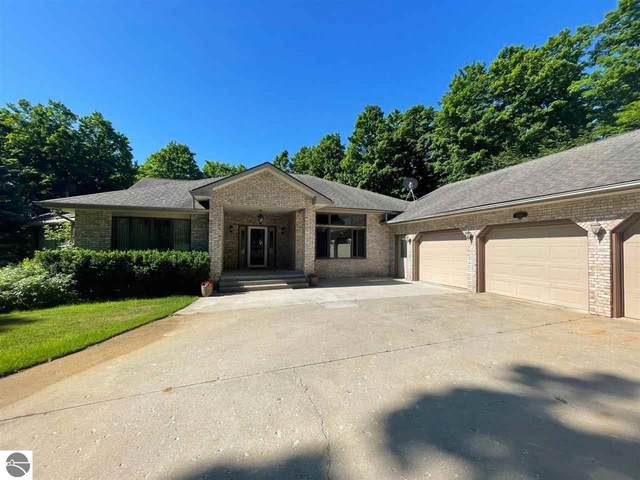 1604 Lake Club Drive, Gaylord, MI 49735 (MLS #1889751) :: Boerma Realty, LLC