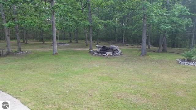 5883 Dowler Road, Houghton Lake, MI 48629 (MLS #1891010) :: CENTURY 21 Northland