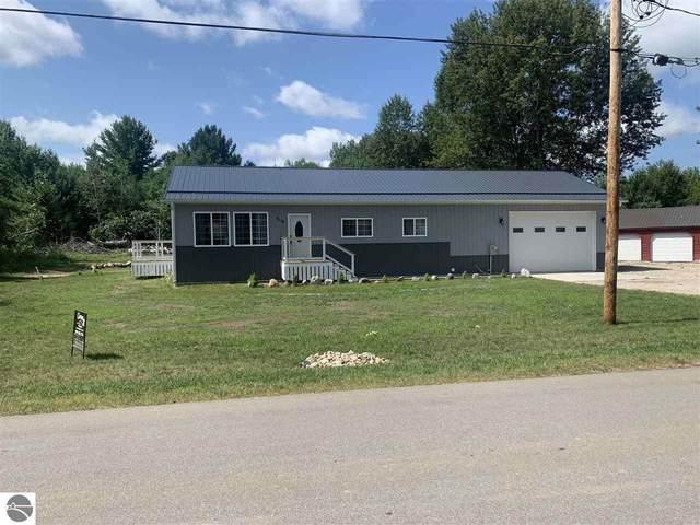 7716 White Birch Drive, Farwell, MI 48622 (MLS #1891144) :: Boerma Realty, LLC