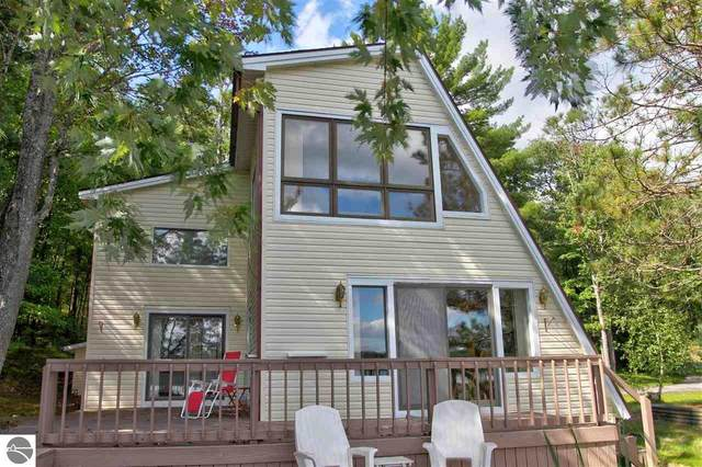 398 Island View Drive, Traverse City, MI 49696 (MLS #1891249) :: Boerma Realty, LLC