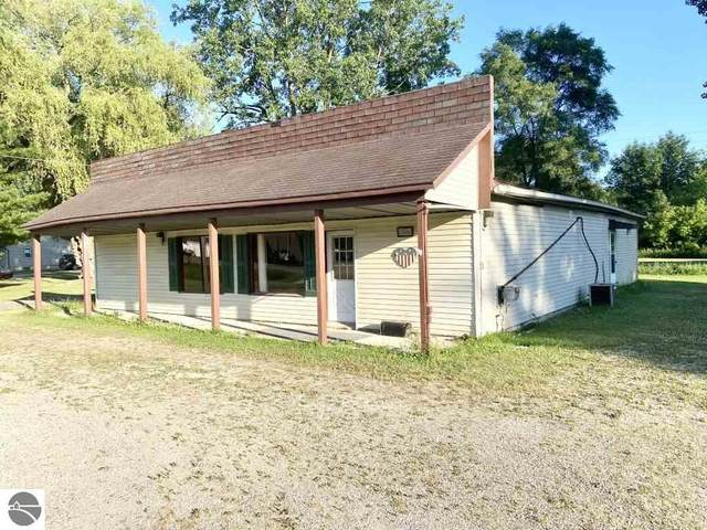 1757 W Monroe Road, St Louis, MI 48880 (MLS #1864920) :: Michigan LifeStyle Homes Group