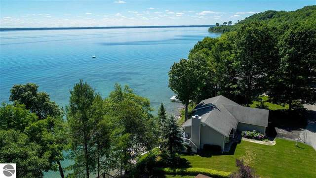 16564 Wrightwood Terrace, Traverse City, MI 49686 (MLS #1872042) :: Michigan LifeStyle Homes Group