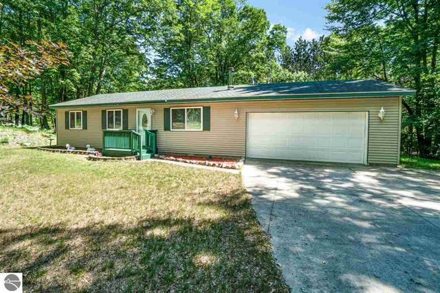 5160 Badger Court, Farwell, MI 48622 (MLS #1873883) :: Michigan LifeStyle Homes Group