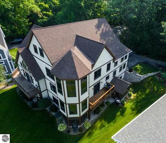 208 Fox Run Drive, Elk Rapids, MI 49629 (MLS #1878669) :: Michigan LifeStyle Homes Group