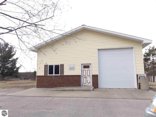 6442 N Reynolds Road, Lake Ann, MI 49650 (MLS #1884144) :: Michigan LifeStyle Homes Group