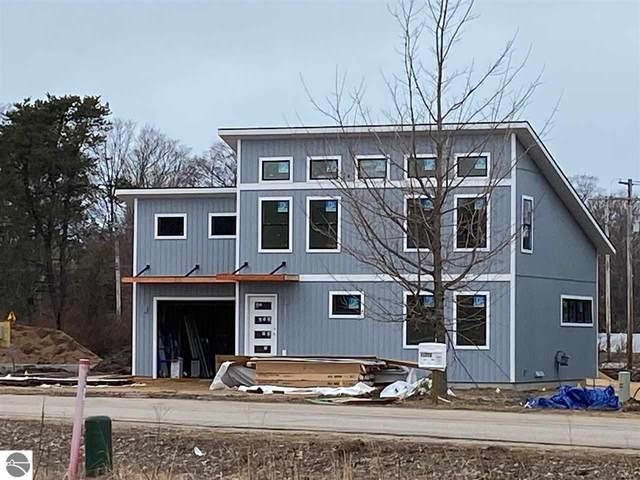11566 Sunset Drive, Empire, MI 49630 (MLS #1870172) :: Michigan LifeStyle Homes Group