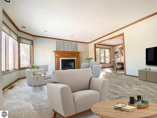 2555 Westward Drive, Traverse City, MI 49685 (MLS #1881668) :: Boerma Realty, LLC