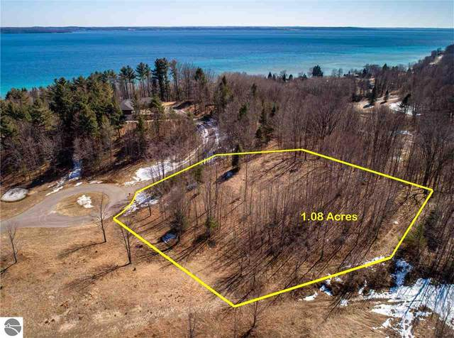 16 S Carol Ann Drive, Traverse City, MI 49684 (MLS #1884109) :: Boerma Realty, LLC