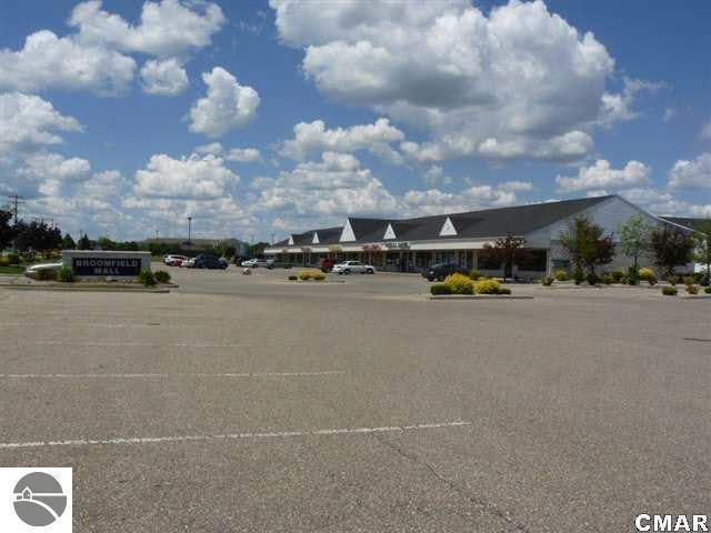 1639 E Broomfield Road, Mt Pleasant, MI 48858 (MLS #1825845) :: Team Dakoske | RE/MAX Bayshore