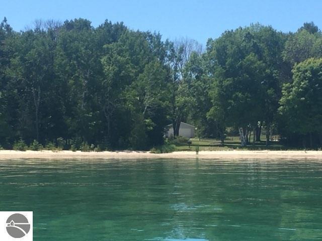 N Forest Beach Shores, Northport, MI 49670 (MLS #1849350) :: Boerma Realty, LLC