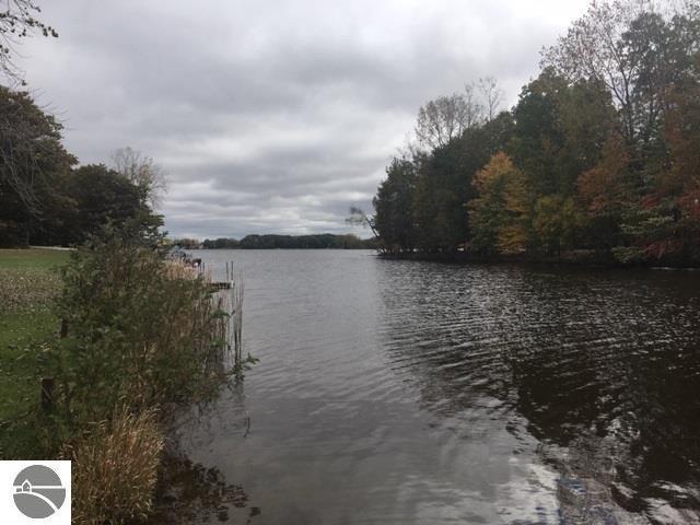 1012 Southport Drive, Lake Isabella, MI 48893 (MLS #1854036) :: Team Dakoske | RE/MAX Bayshore