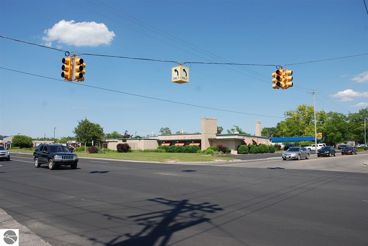 1245 Garfield Avenue - Photo 1