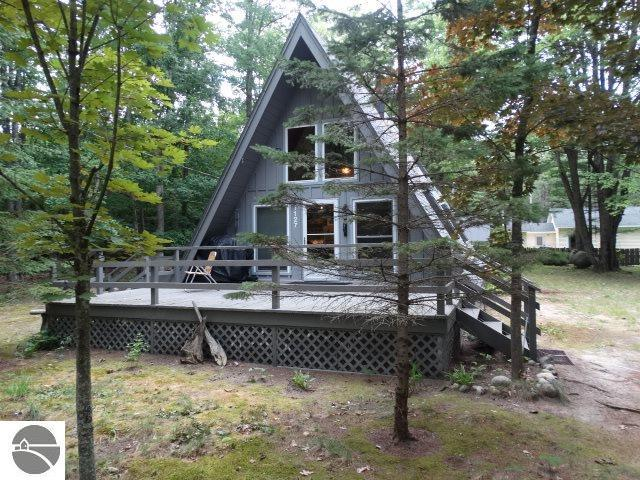1127 Beaver Street, Oscoda, MI 48750 (MLS #1865984) :: Team Dakoske | RE/MAX Bayshore