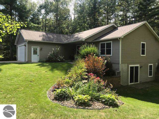1774 Round Lake Road, Interlochen, MI 49643 (MLS #1868068) :: Team Dakoske | RE/MAX Bayshore