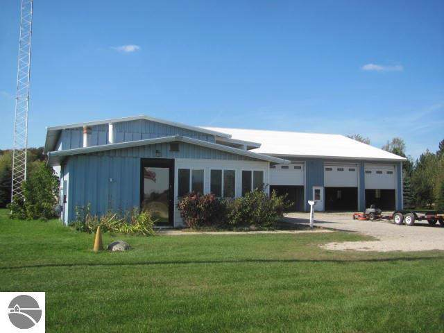 2160 S Morey Road, Lake City, MI 49651 (MLS #1868498) :: Boerma Realty, LLC