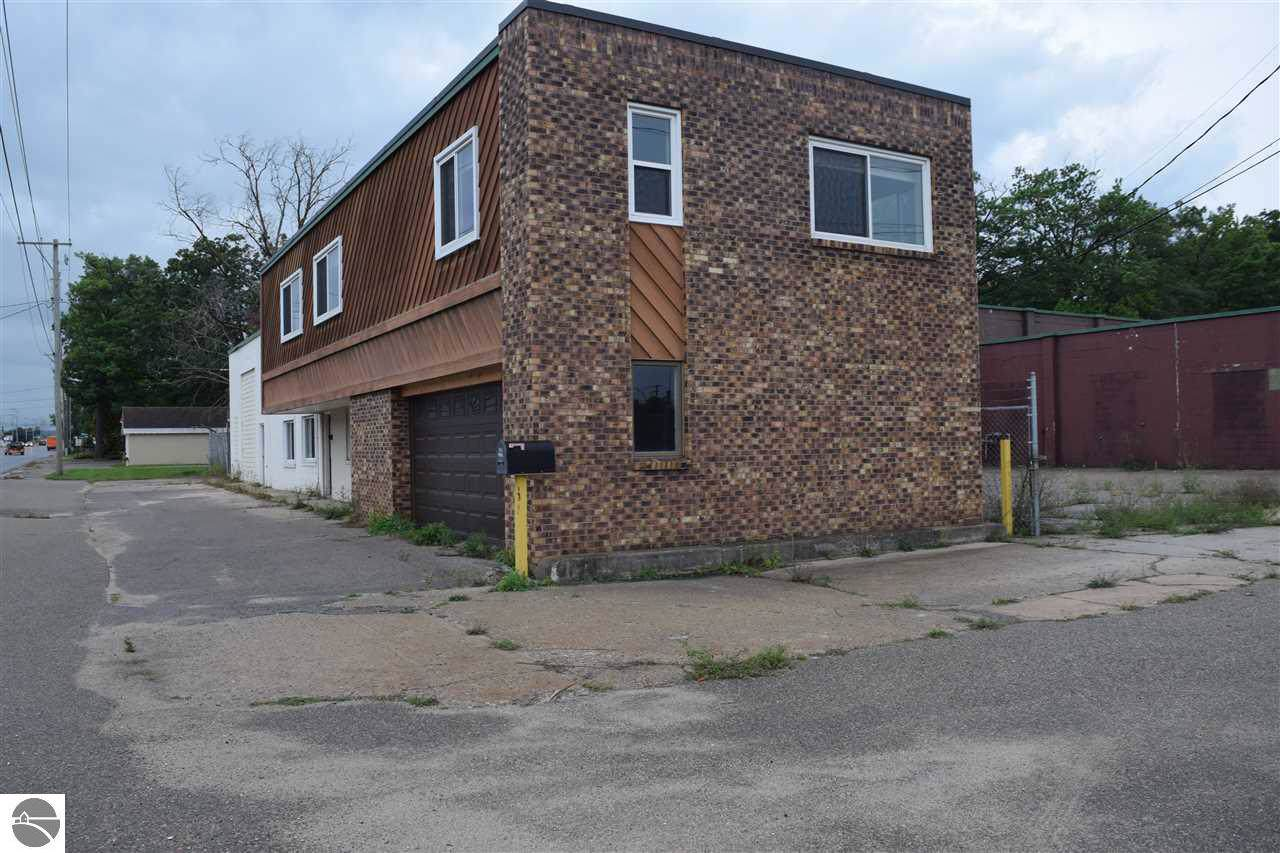3077 Garfield Avenue - Photo 1