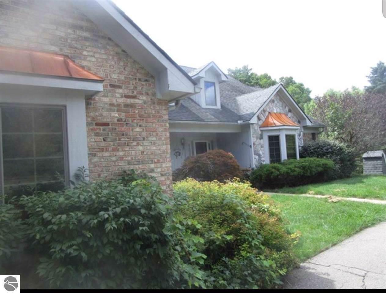 10555 Cedar Valley Drive - Photo 1