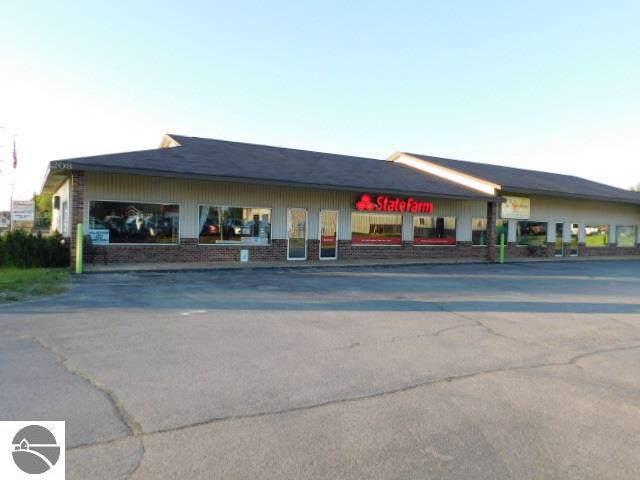 208 N Cedar, Kalkaska, MI 49646 (MLS #1870279) :: Team Dakoske | RE/MAX Bayshore