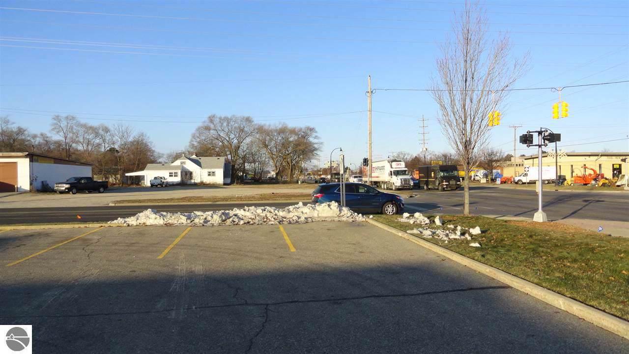 4990 Pickard Road - Photo 1