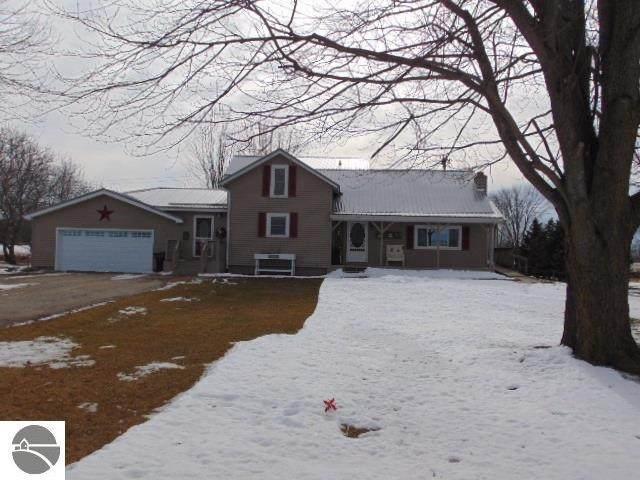 145 W Van Buren Road, Alma, MI 48801 (MLS #1871711) :: Boerma Realty, LLC