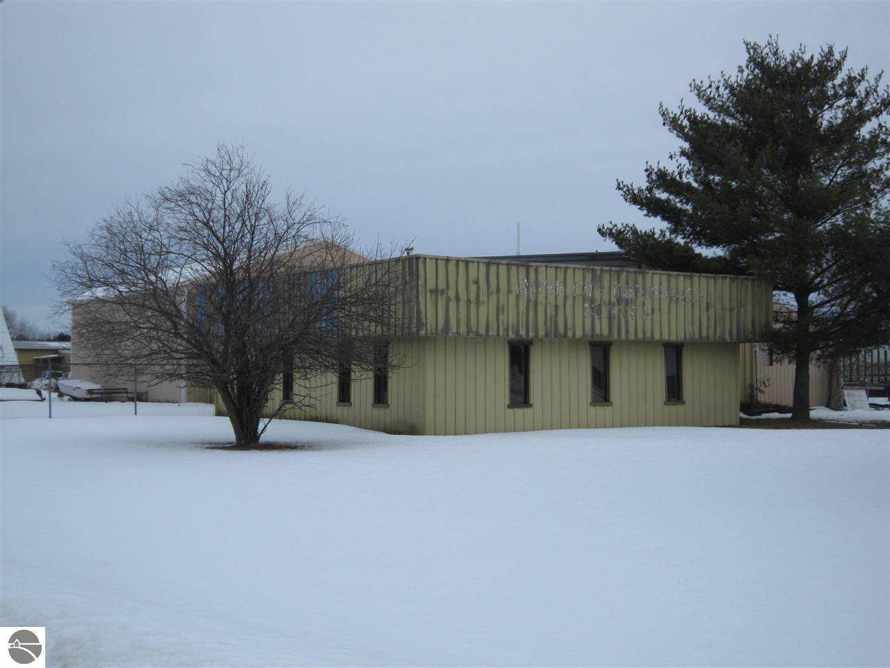 462 Industrial Drive - Photo 1
