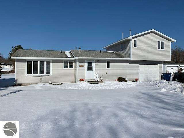 516 W Michigan Avenue, Oscoda, MI 48750 (MLS #1872520) :: Boerma Realty, LLC