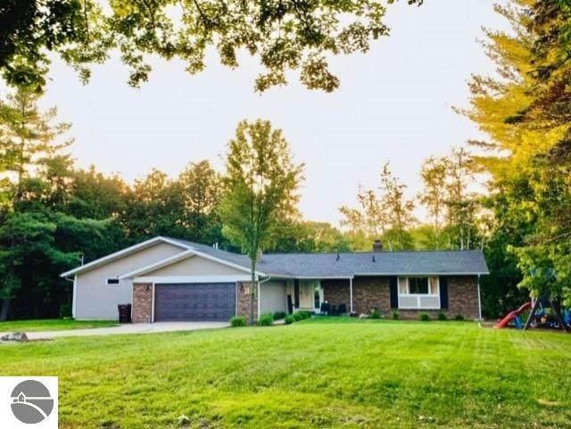 30 Cedar Drive, Mt Pleasant, MI 48858 (MLS #1873170) :: Boerma Realty, LLC