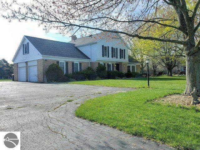 416 Fairlane Drive, Alma, MI 48801 (MLS #1874308) :: Boerma Realty, LLC