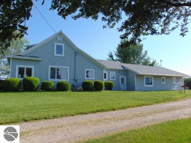 8385 N Wisner Road, Breckenridge, MI 48615 (MLS #1875304) :: Boerma Realty, LLC