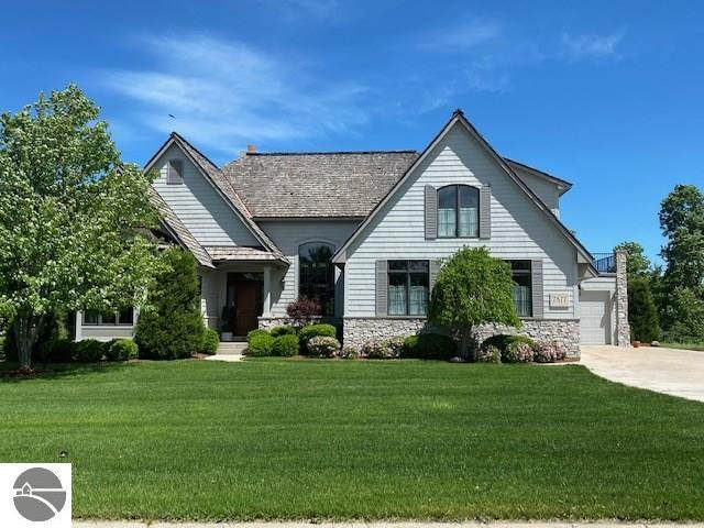 7877 Turnberry Circle, Williamsburg, MI 49690 (MLS #1875834) :: Michigan LifeStyle Homes Group