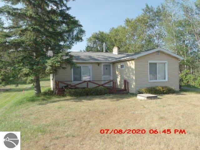 3567 Coveview Drive, Lupton, MI 48635 (MLS #1877028) :: Brick & Corbett