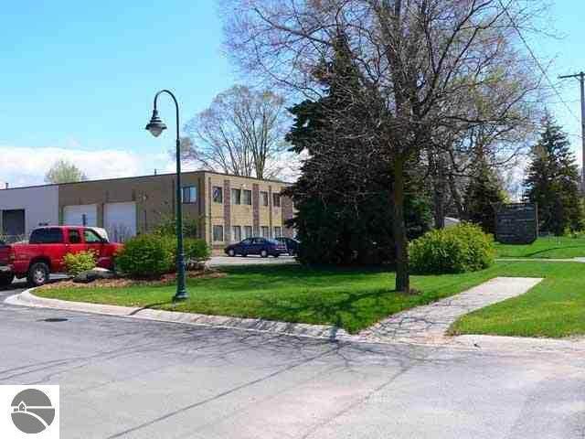 1161 Hastings Street #9, Traverse City, MI 49686 (MLS #1877312) :: Brick & Corbett