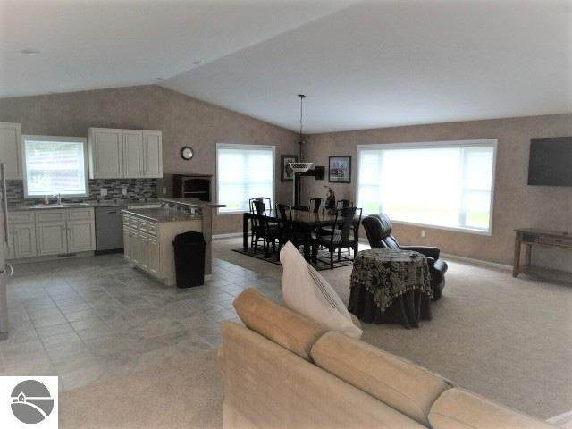 3664 Rollin Hill Court, Oscoda, MI 48750 (MLS #1878434) :: Michigan LifeStyle Homes Group