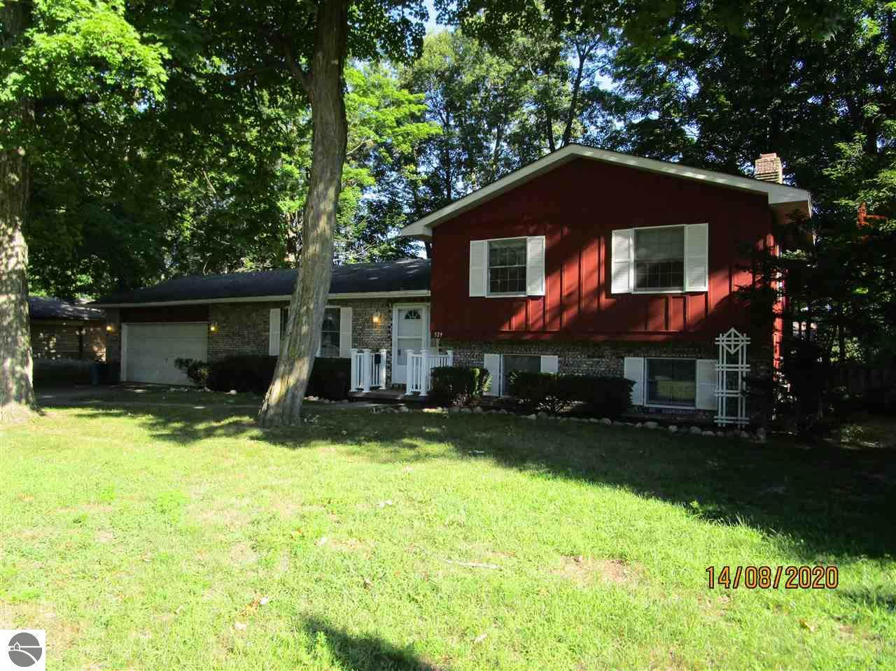 529 Forest Avenue - Photo 1