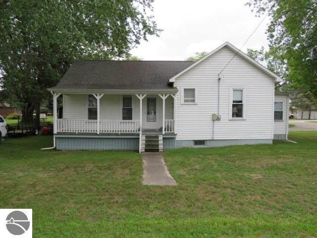 220 Alice Street, East Tawas, MI 48730 (MLS #1879214) :: Michigan LifeStyle Homes Group