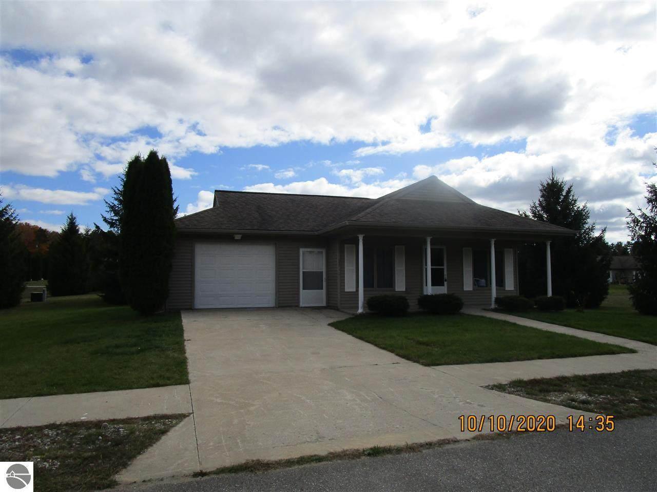 9542 Cumberland Drive - Photo 1