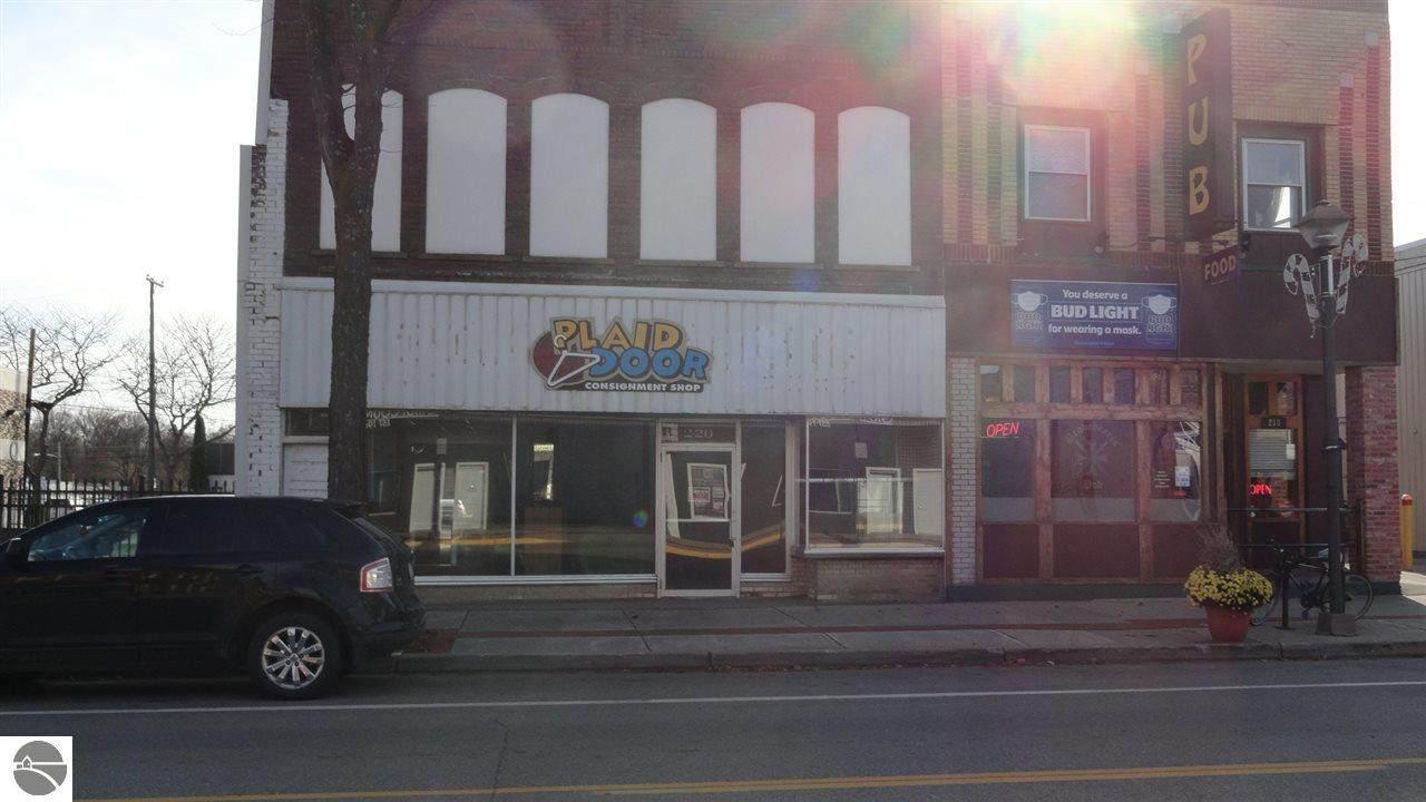 220 Superior Street - Photo 1