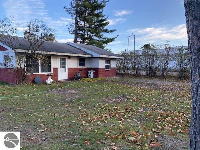 849 S South Lakeshore Drive, Lake City, MI 49651 (MLS #1882190) :: Team Dakoske | RE/MAX Bayshore