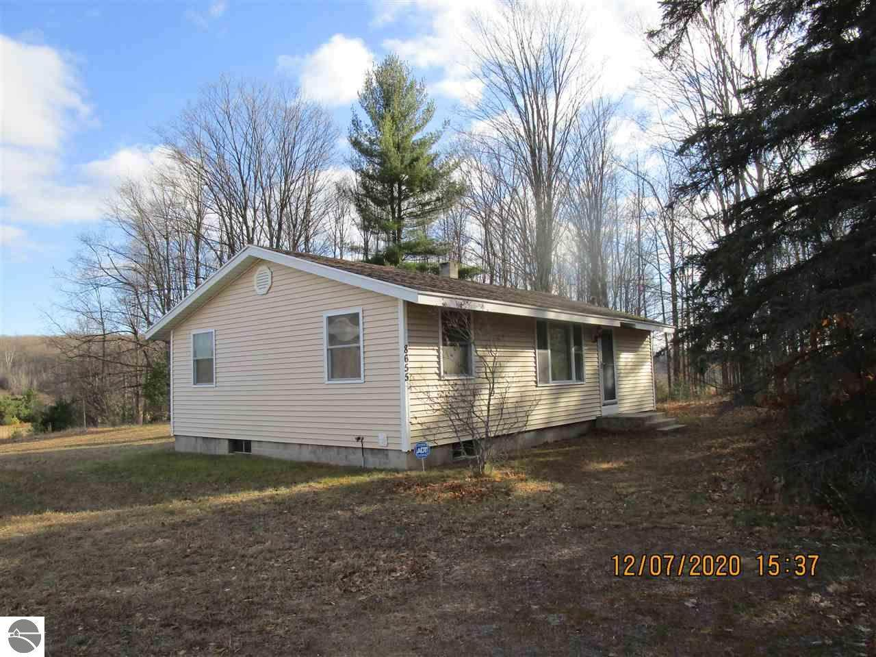 8655 Campbell Road - Photo 1