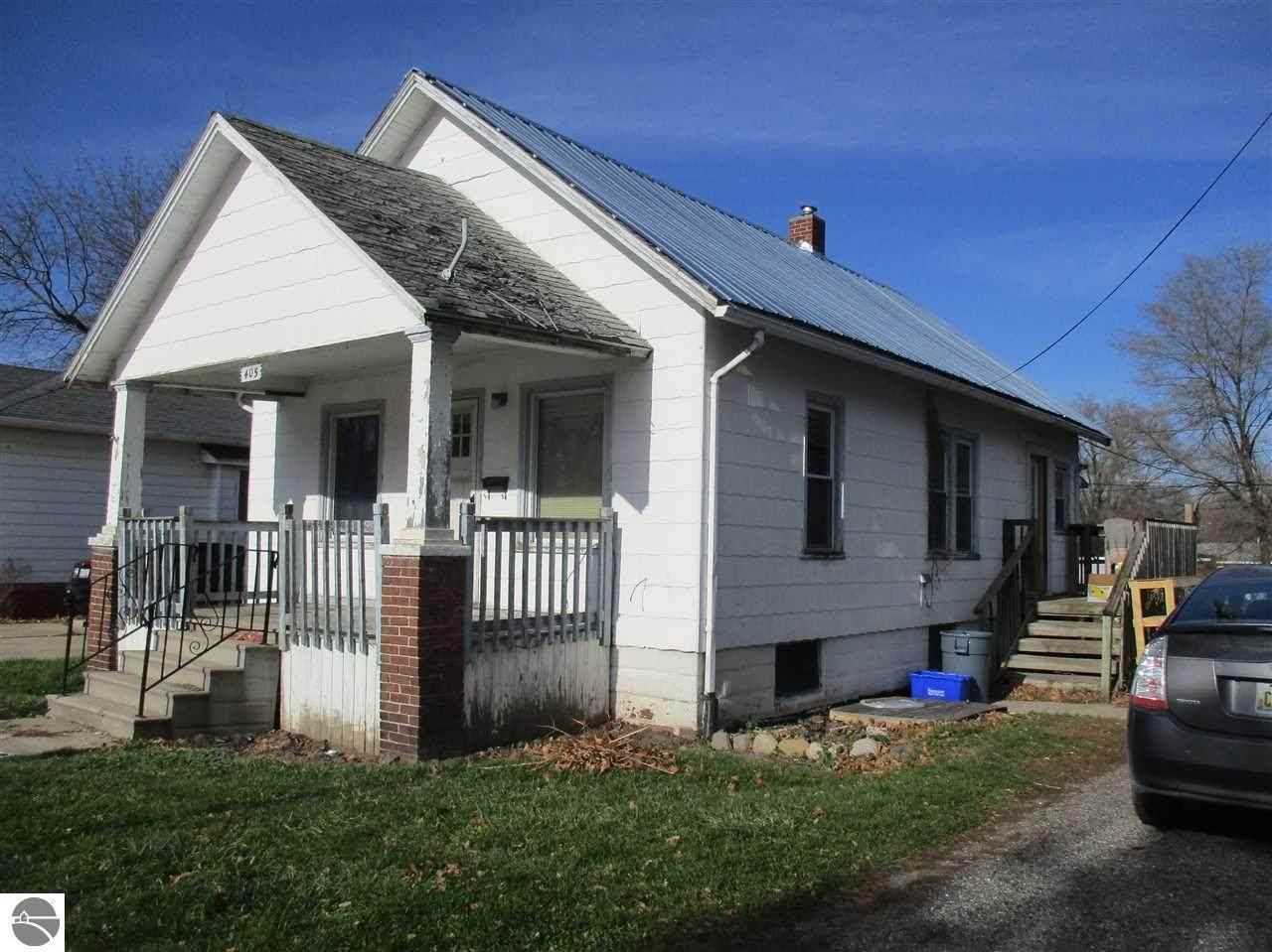 405 Washington Street - Photo 1