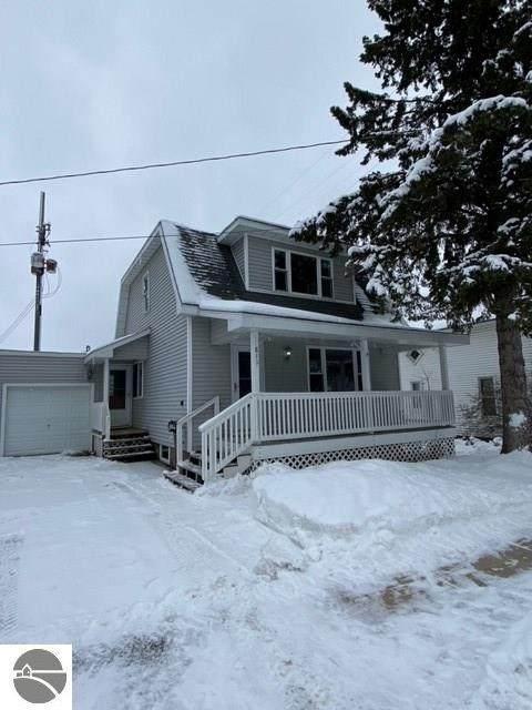 811 N Simons Street, Cadillac, MI 49601 (MLS #1883459) :: Michigan LifeStyle Homes Group