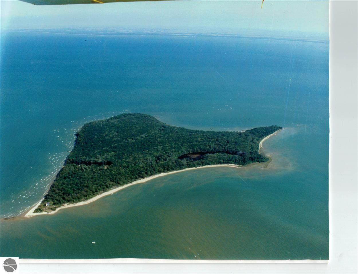 00 Charity Island - Photo 1