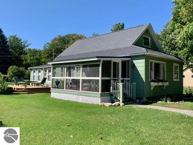 17146 5th Street, Arcadia, MI 49613 (MLS #1884491) :: Boerma Realty, LLC