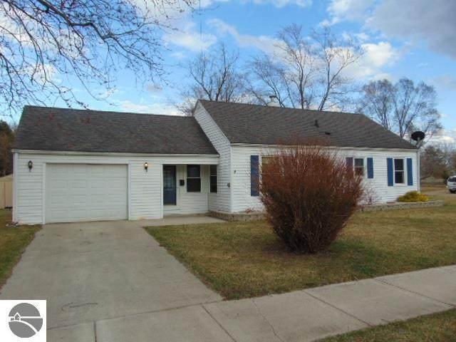 419 Grafton Avenue, Alma, MI 48801 (MLS #1885404) :: Boerma Realty, LLC