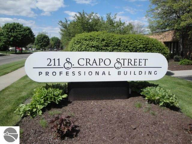 211 Crapo - Photo 1
