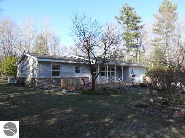 5029 S Timberlakes Boulevard W, Greenbush, MI 48738 (MLS #1885647) :: Brick & Corbett