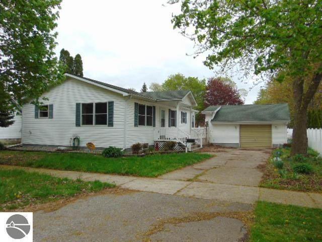 111 S Gwinner Street, Ithaca, MI 48847 (MLS #1886916) :: Boerma Realty, LLC